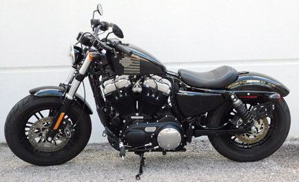 Harley-Davidson-Sportster-XL1200X Forty-eight
